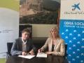 El Consell Comarcal de la Selva signa un conveni amb Caixabank que permetrà finançar el transport del casal d'estiu a l'escola Ventijol i l'adquisició de material educatiu per als serveis socials