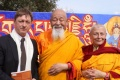 El president del Consell Comarcal de la Selva participa a l'acte d'inauguració de l'stupa del monestir budista de Santa Coloma de Farners